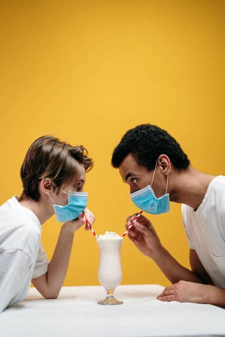Desinfektion zu Corona und Absicherung gegen Covid-19